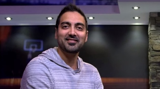 The 38-year old son of father (?) and mother(?) Ronnie Singh in 2021 photo. Ronnie Singh earned a  million dollar salary - leaving the net worth at  million in 2021