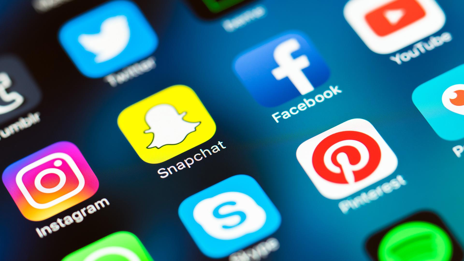 social media - digital media