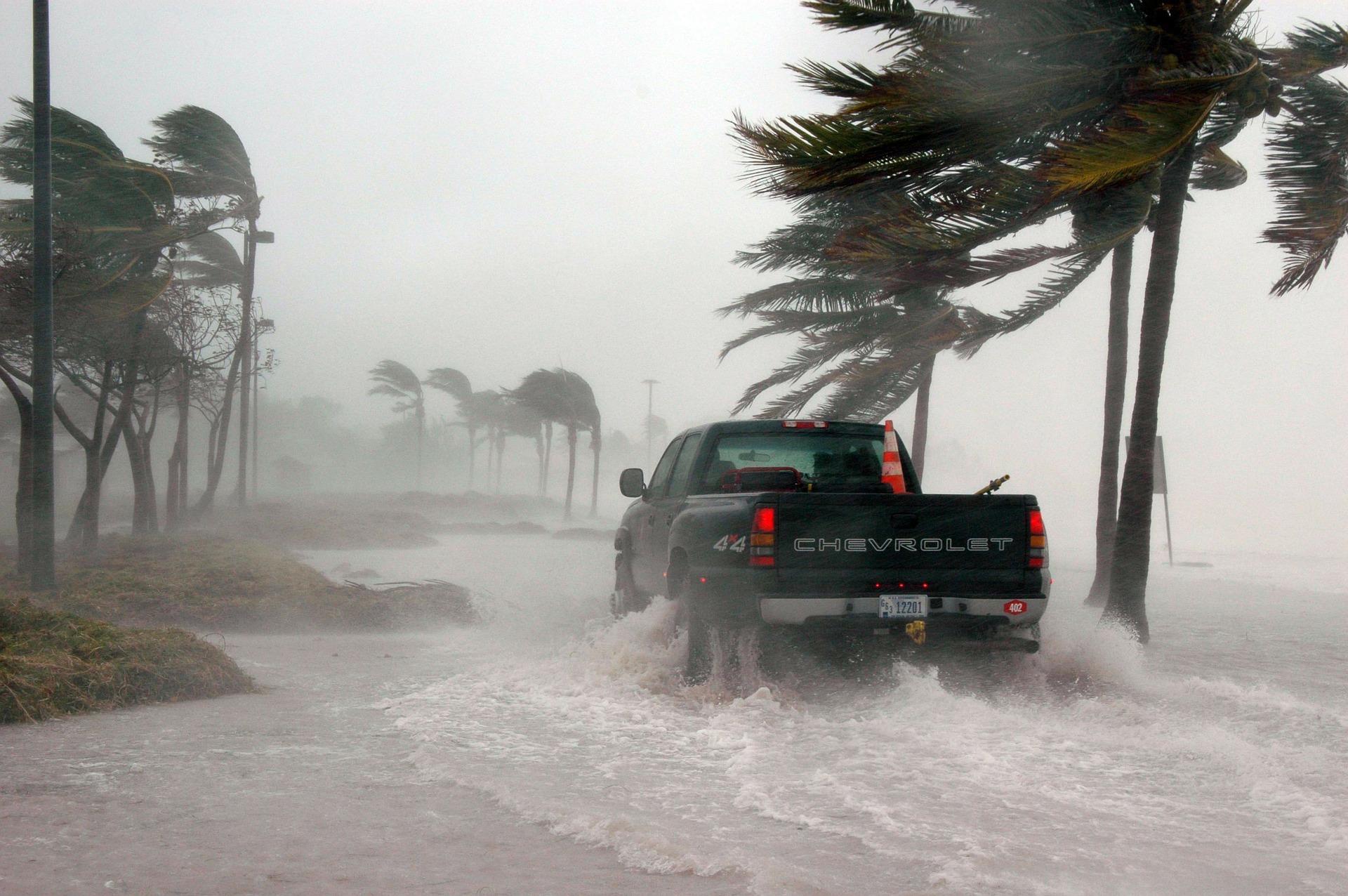 miami-hurricanes-teamworks