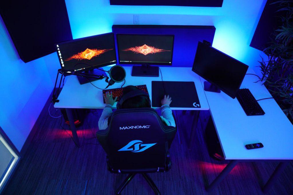 Counter Logic Gaming Newegg Streaming Studio