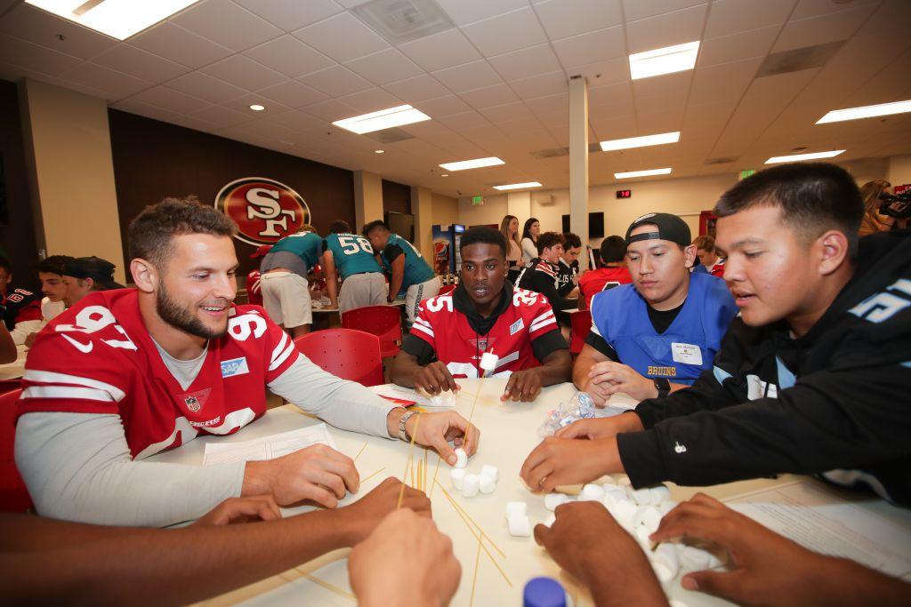 49ers-mentorship-academy