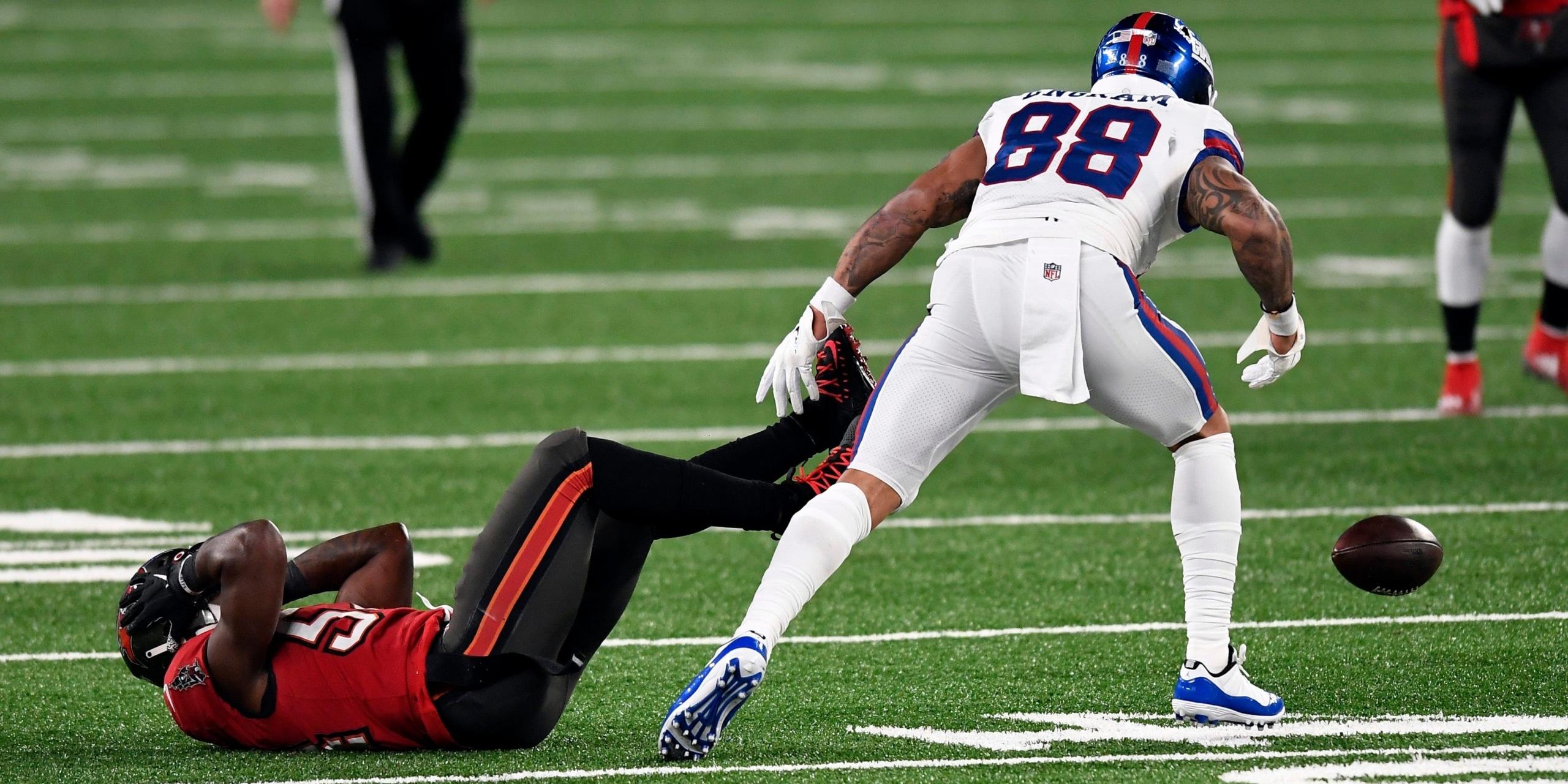Falcons dropped pass
